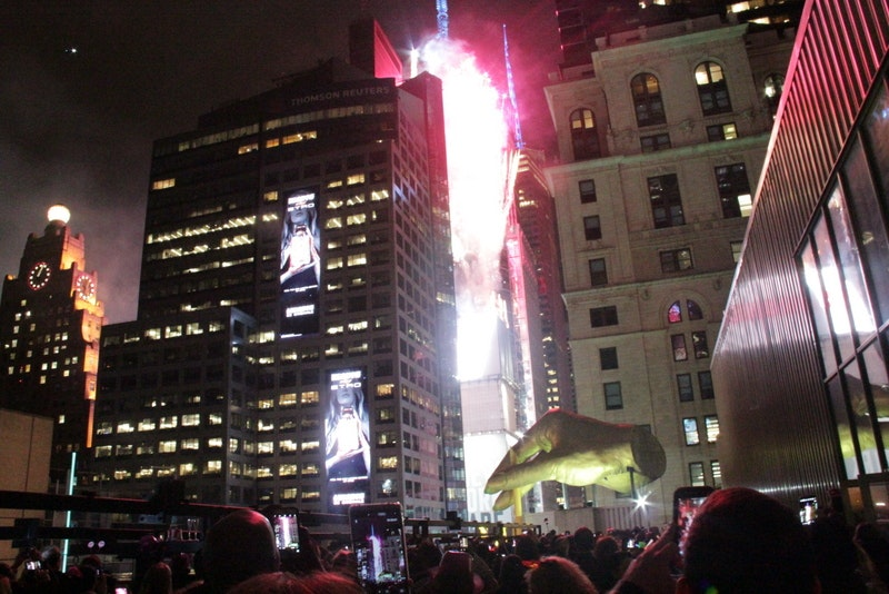 AMC Times Sq NYE Ball Drop Live View