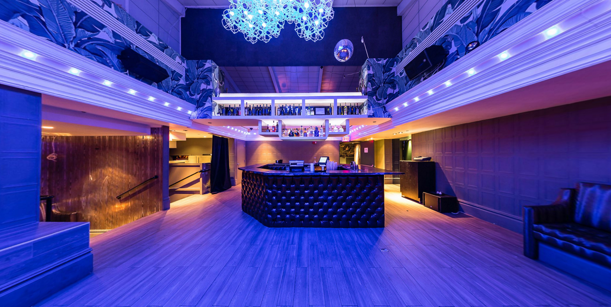 The Attic Rooftop & Lounge